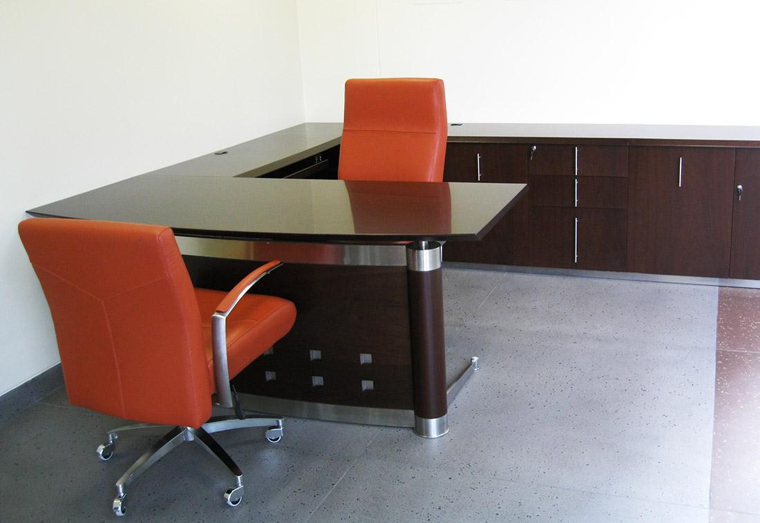 m bel l nea de oficina escritorios ejecutivos. Black Bedroom Furniture Sets. Home Design Ideas