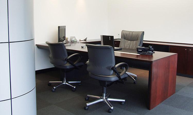 M bel l nea de oficina escritorios gerenciales for Escritorios de oficina lima